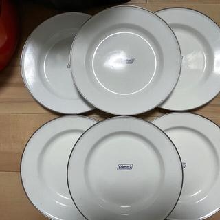 Coleman - コールマン テーブルウェア 皿 コップ セット ケース付