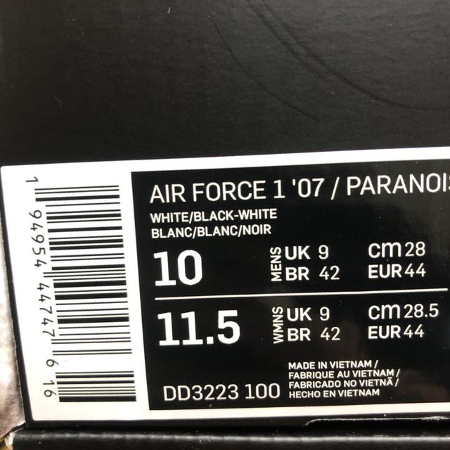 NIKE(ナイキ)の新品 未試着 28㎝ NIKE AIR FORCE 1 PARANOISE メンズの靴/シューズ(スニーカー)の商品写真