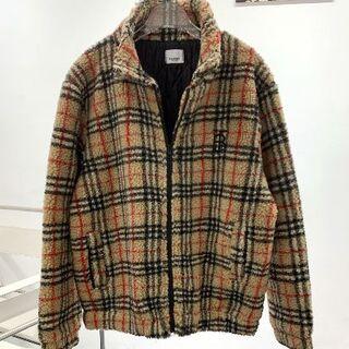 BURBERRY - BURBERRYバーバリーの羊毛の綿入れコート