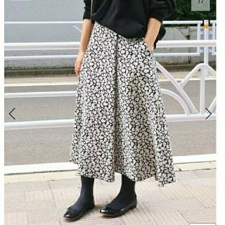 イエナ(IENA)のaki☆☆☆様 イエナ IENA フラワージャガードフレアスカート(ロングスカート)
