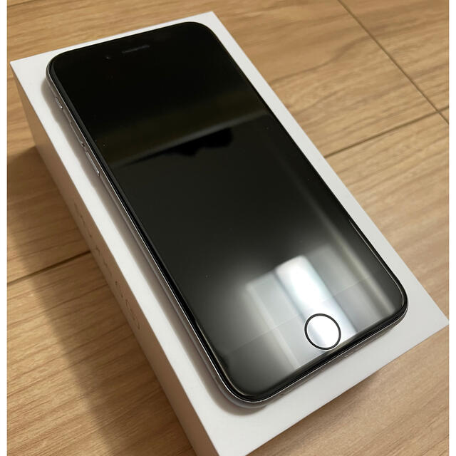 Apple(アップル)のiPhone6s 128gb スペースグレイ simフリー スマホ/家電/カメラのスマートフォン/携帯電話(スマートフォン本体)の商品写真