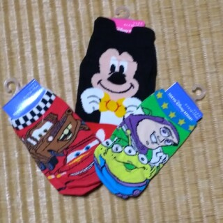 Disney - ★40%引きディズニーお土産レディース&子供用靴下セット★