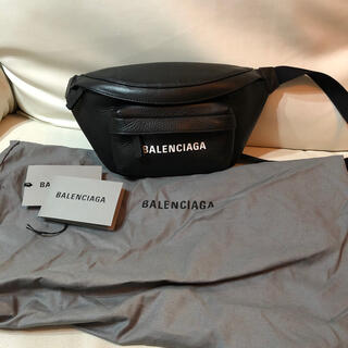 Balenciaga - BALENCIAGA バレンシアガ  レザー ボディバッグ ブラック 超美品