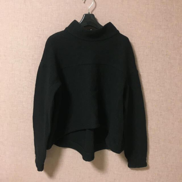 Adam et Rope'(アダムエロぺ)のpelleq ゆったりニット レディースのトップス(ニット/セーター)の商品写真
