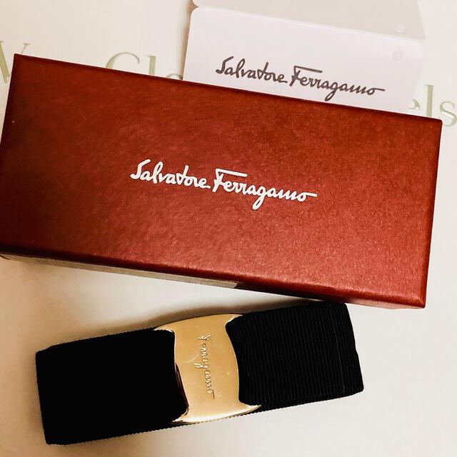 Salvatore Ferragamo(サルヴァトーレフェラガモ)のSalvatore Ferragamo フェラガモ リボン バレッタ レディースのヘアアクセサリー(バレッタ/ヘアクリップ)の商品写真