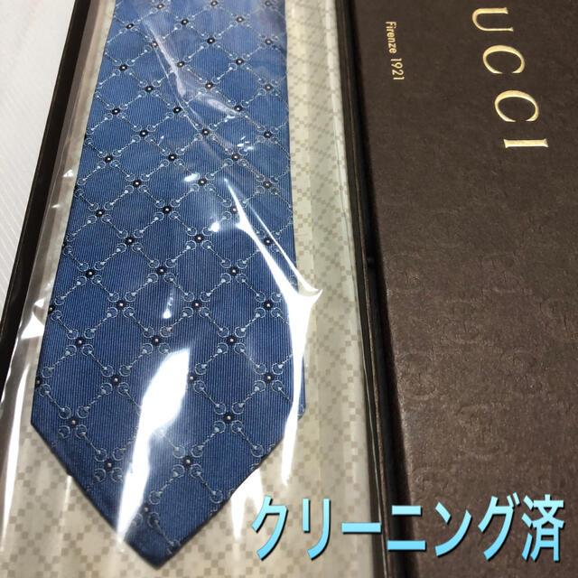 Gucci(グッチ)のグッチ ネクタイ【未使用に近い】光沢パターン柄 クレスト紋章 ロイヤルブルー系 メンズのファッション小物(ネクタイ)の商品写真