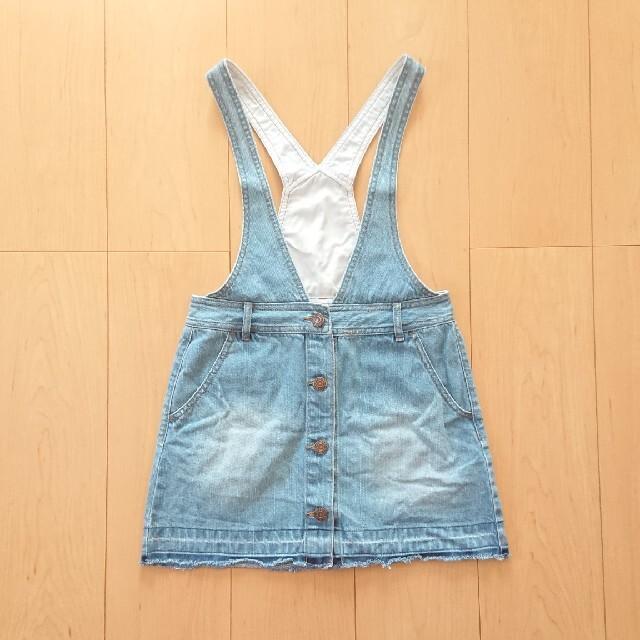 GU(ジーユー)の【GU】デニム ジャンパースカート 130 キッズ/ベビー/マタニティのキッズ服女の子用(90cm~)(スカート)の商品写真