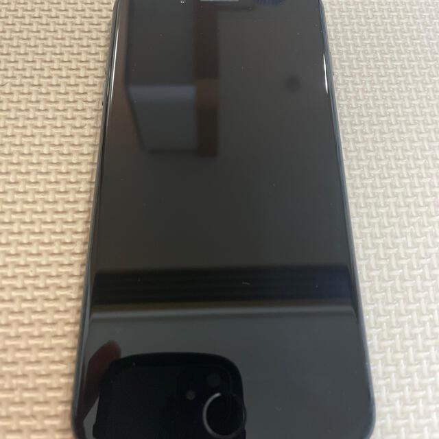 iPhone(アイフォーン)のdocomo iPhone8plus 256gb スペースグレー スマホ/家電/カメラのスマートフォン/携帯電話(スマートフォン本体)の商品写真