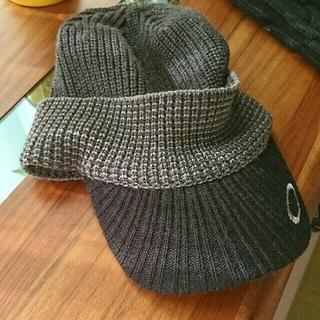 オークリー(Oakley)のニット帽 ニットキャップ ゴルフ(ニット帽/ビーニー)