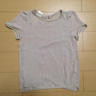 ジーユー(GU)のGU♡ベージュシフォントップス(シャツ/ブラウス(半袖/袖なし))