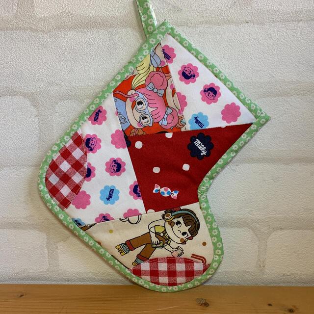 ペコちゃん♡クリスマスブーツ♡ハンドメイド ハンドメイドの生活雑貨(雑貨)の商品写真