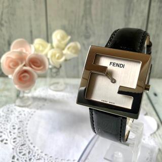 FENDI - 【動作OK】FENDI フェンディ 腕時計 4000L シルバー ズッカ柄