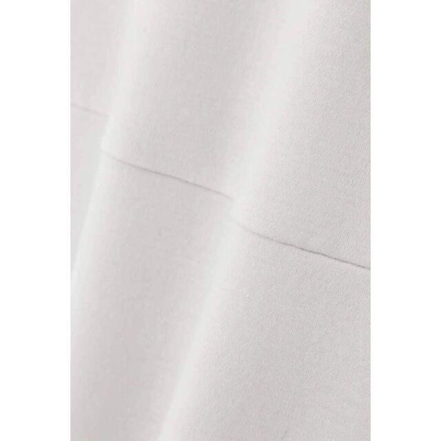 ADORE(アドーア)の新品タグ付ADORE ウールスムースワンピース36グレー定価約5万円 レディースのワンピース(ロングワンピース/マキシワンピース)の商品写真