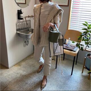 gypsohila boa reversible vest beige(ダウンベスト)
