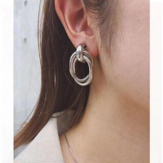moussy - metal clip earrings-silver-