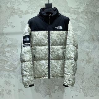 THE NORTH FACE - Supreme The North Face Nuptse Jacket