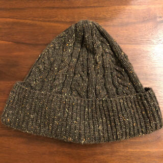アールニューボールド(R.NEWBOLD)のR.NEWBOLDくるみボタンのニット帽(ニット帽/ビーニー)