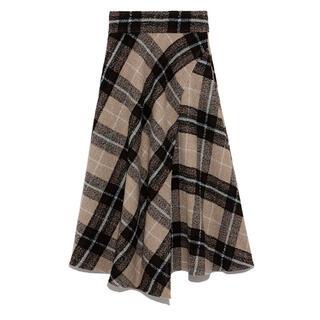 ミラオーウェン(Mila Owen)の新品タグ付 milaowen 大柄チェックフレアスカート(ひざ丈スカート)