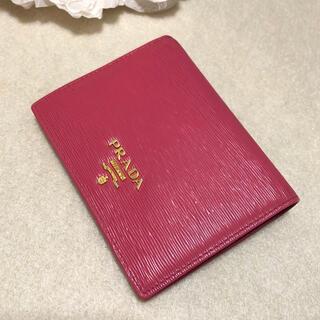 PRADA - 良品♡PRADA二つ折り財布♡MOVE