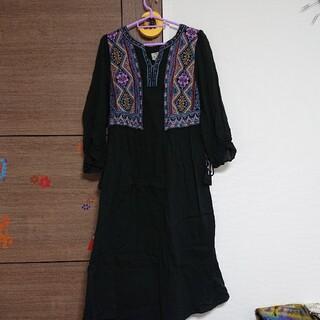 チチカカ(titicaca)のチチカカ 黒 刺繍ワンピース(ロングワンピース/マキシワンピース)