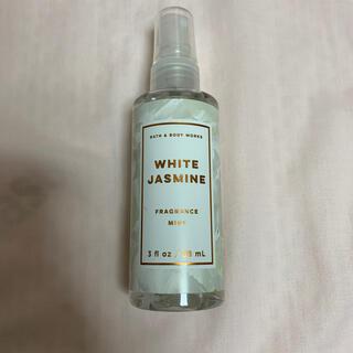 バスアンドボディーワークス(Bath & Body Works)のbath & body works white jasmine ボディーミスト(香水(女性用))