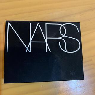 ナーズ(NARS)のソフトベルベットプレストパウダー(フェイスパウダー)