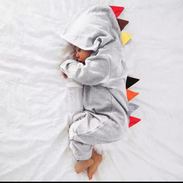 恐竜ロンパース キッズ/ベビー/マタニティのベビー服(~85cm)(ロンパース)の商品写真