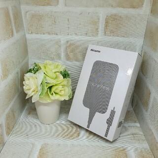 NTTdocomo - 【新品 NTTドコモ純正】急速充電対応 ACアダプタ 05 micro USB