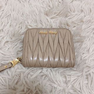 miumiu - miumiu マテラッセレザー 財布