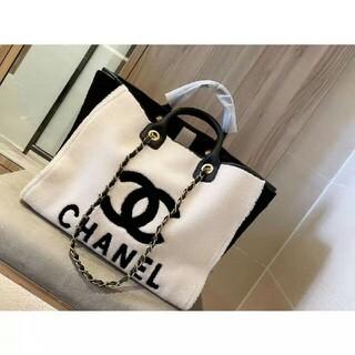 CHANEL - シャネルの冬のバッグを買う価値があります   シャネル/Chanel。