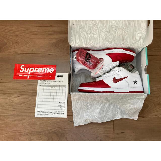 Supreme(シュプリーム)の【27cm】 Supreme x Nike SB Dunk Low White メンズの靴/シューズ(スニーカー)の商品写真