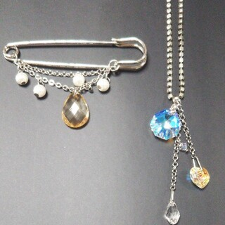 ポーラ(POLA)のPOLA ネックレス&ブローチ (ネックレス)