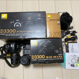 Nikon D3300 ダブルズームキット BLACK