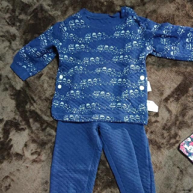 UNIQLO(ユニクロ)のユニクロパジャマ 90 キッズ/ベビー/マタニティのキッズ服男の子用(90cm~)(パジャマ)の商品写真
