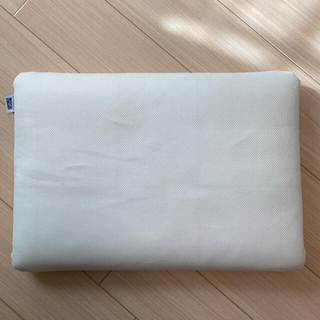 西川 - エアウィーブ 枕 美品