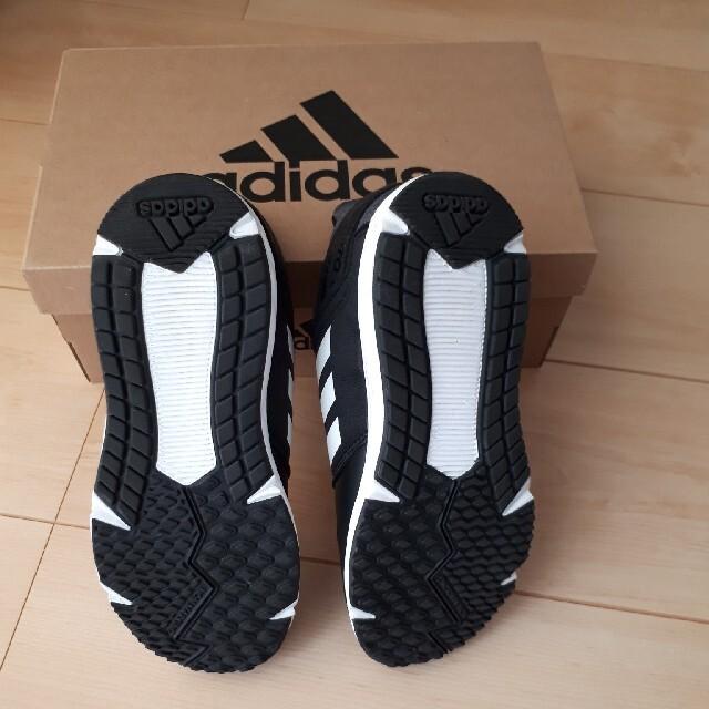 adidas(アディダス)のchi様専用 adidas子供靴 キッズ/ベビー/マタニティのキッズ靴/シューズ(15cm~)(スニーカー)の商品写真