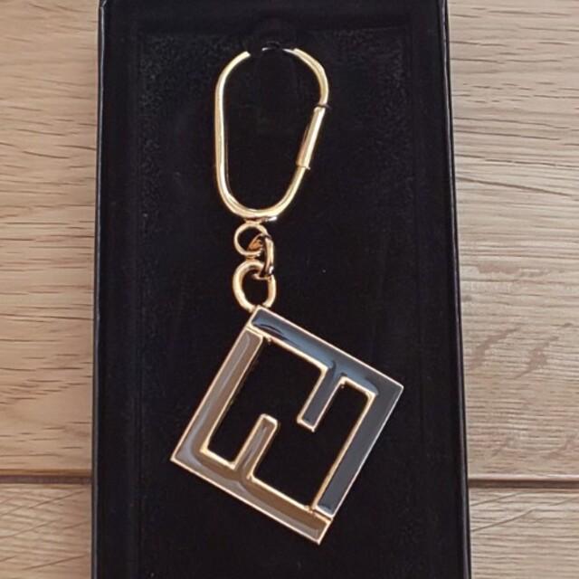 FENDI(フェンディ)のK様専用FENDI キーホルダー レディースのファッション小物(キーホルダー)の商品写真
