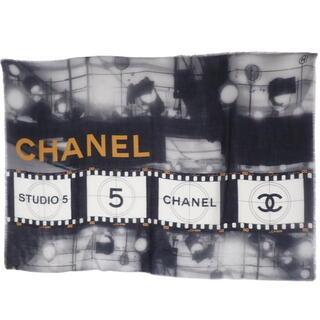 シャネル(CHANEL)のシャネル ココマークストール カシミヤ ブラック グレー 40800061351(ストール/パシュミナ)
