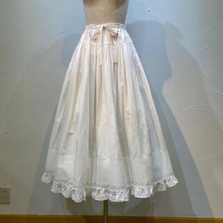 KANEKO ISAO - ワンダフルワールド 真っ白、ピンタックいっぱいのスカート兼ペチコート❗️