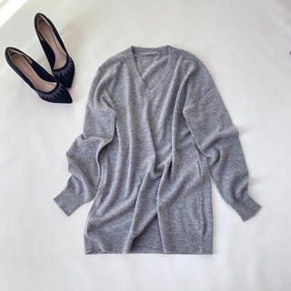 セオリーリュクス(Theory luxe)の美品✨セオリーリュクス ライトグレー カシミヤ100% Vネック ニット 冬服(ニット/セーター)