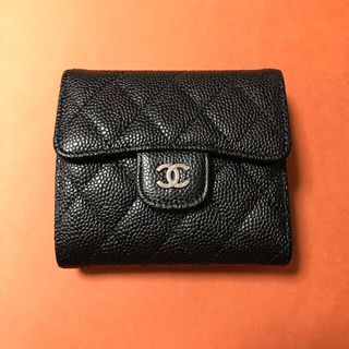 CHANEL - CHANEL  折財布 キャビアxS金具