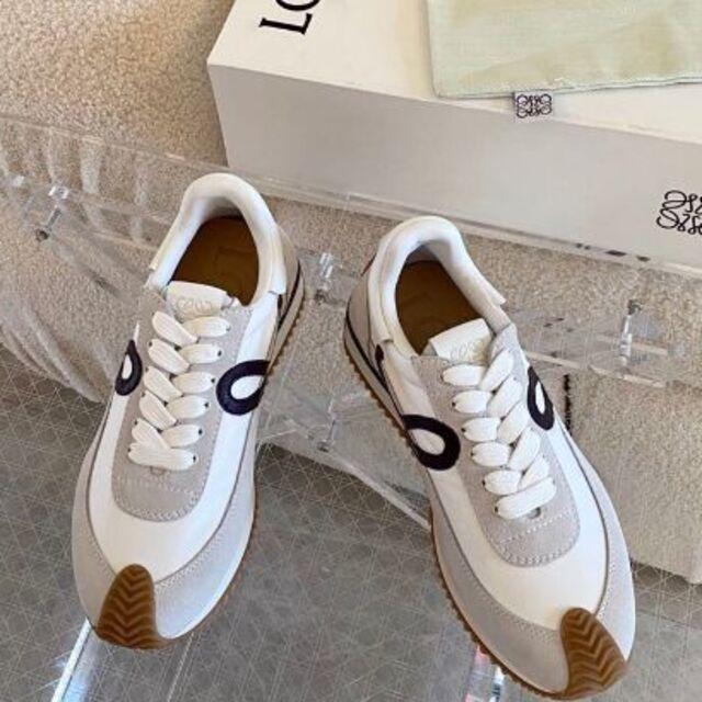 LOEWE(ロエベ)のロエベ スニーカー レディースの靴/シューズ(スニーカー)の商品写真