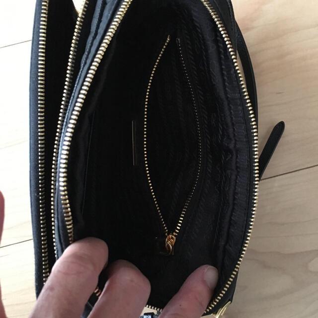 PRADA(プラダ)のプラダ ポシェット レディースのバッグ(ショルダーバッグ)の商品写真