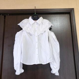 スワンキス(Swankiss)のスワンキス 肩空きフリルブラウス 新品未使用(シャツ/ブラウス(半袖/袖なし))
