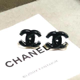 CHANEL - ピアス  ロジウム金具