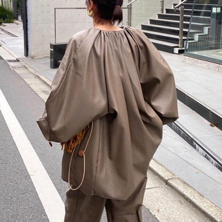 ステュディオス(STUDIOUS)のclane egg fake leather jacket(ノーカラージャケット)