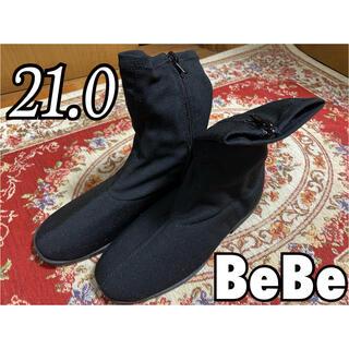ベベ(BeBe)の★BeBe★ 新品未使用ショートブーツ 21cm(ブーツ)