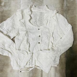 Lily Brown - リリーブラウン lilybrown cotton刺繍ブラウス