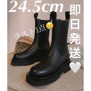 ZARA - 【新品】サイドゴア  ブーツ トラックソール 厚底 フラット ブラック 秋冬