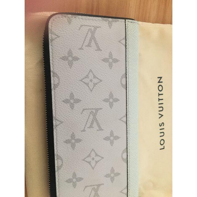 LOUIS VUITTON(ルイヴィトン)のルイヴィトン ジッピーウォレット ヴェルティカル レディースのファッション小物(財布)の商品写真